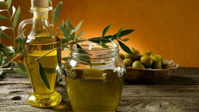 Olio tunisino, il si della Ue all'import extra dalla Tunisia danneggia l'olivicoltura siciliana